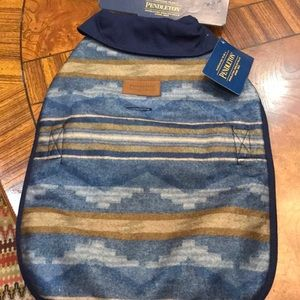 Pendleton Dog 🐶 Vest Fits Small 15-30Ibs NWT .
